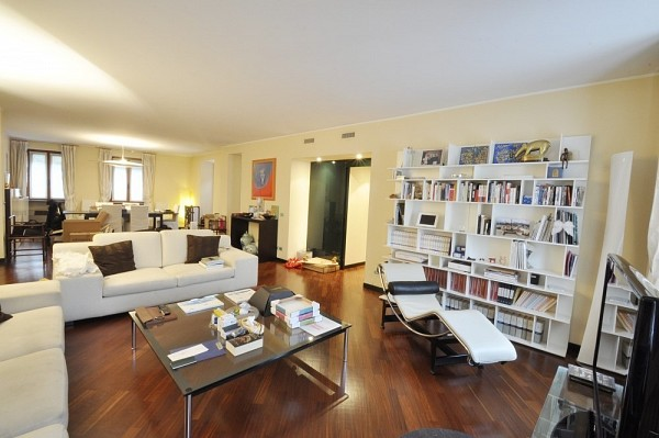 PPC private property consultants: Elegantly furnished penthouse in the heart of Brera