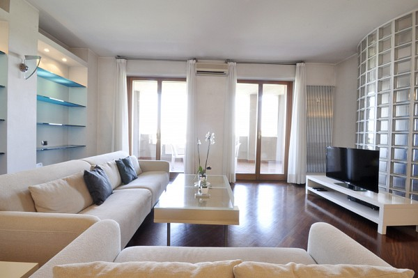 PPC private property consultants: Luxury Two Bedrooms flat in San Siro