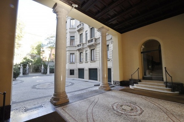 PPC private property consultants: Prestige apartment along Via Passione